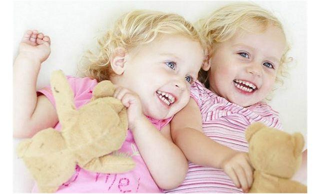 双胞胎女孩怎么起